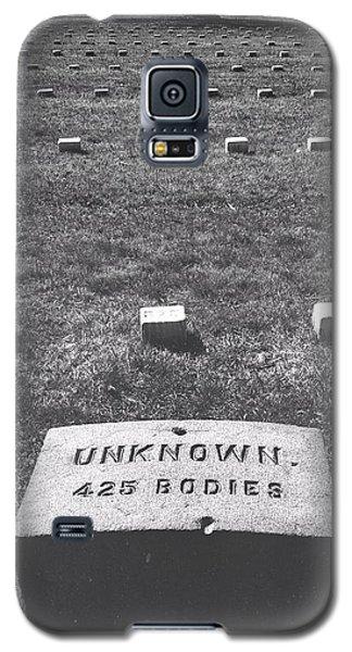 Unknown Bodies Galaxy S5 Case