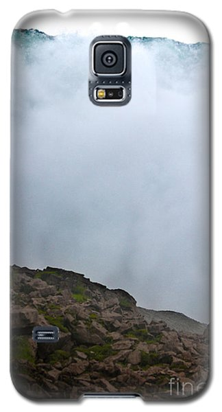 Galaxy S5 Case featuring the photograph The Wall Of Water by Dana DiPasquale