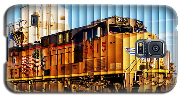 Up 5915 At Track Speed Galaxy S5 Case by Bill Kesler