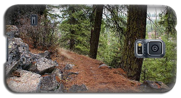 Galaxy S5 Case featuring the photograph Up Around The Bend... by Ben Upham III