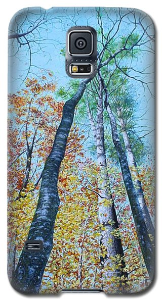 Galaxy S5 Case featuring the painting Up Into The Trees by Mike Ivey