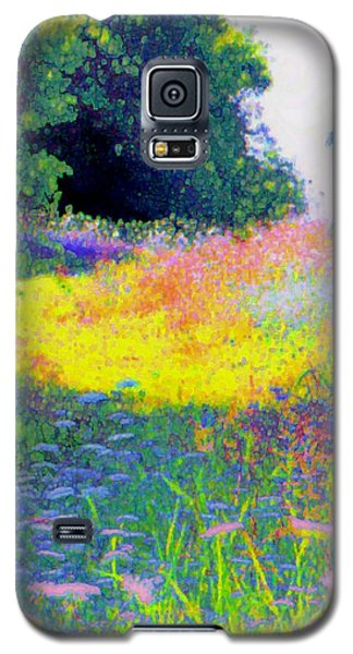 Uphill In The Meadow Galaxy S5 Case by Shirley Moravec