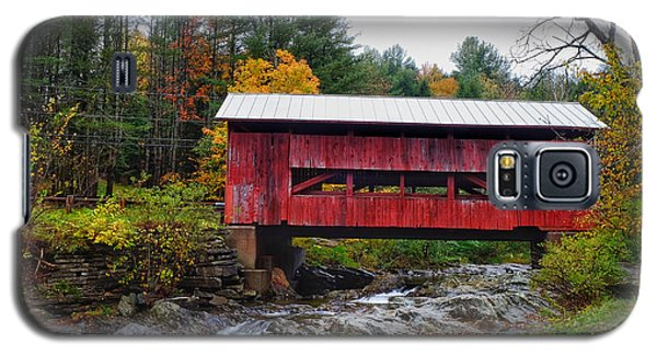 Upper Cox Brook Covered Bridge In Northfield Vermont Galaxy S5 Case