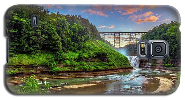 Upper Falls At Sunset Galaxy S5 Case by Mark Papke
