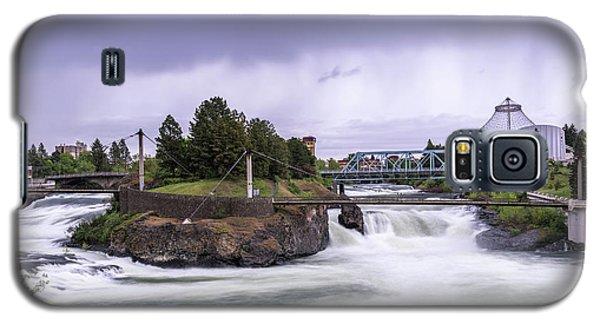 Upper Spokane Falls On A Rainy Day Galaxy S5 Case