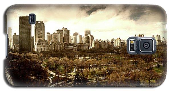 Upper West Side In Spring Galaxy S5 Case