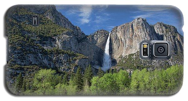 Upper Yosemite Falls In Spring Galaxy S5 Case