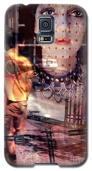 urban streetscapes - People Watching Galaxy S5 Case