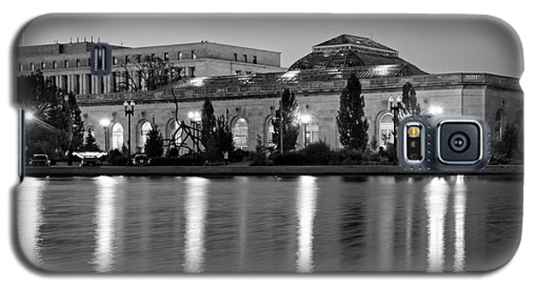Galaxy S5 Case featuring the photograph U.s. Botanic Garden At Night In Black And White by Greg Mimbs