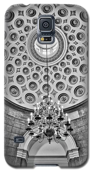 Galaxy S5 Case featuring the photograph Us Capitol Rotunda Washington Dc Bw by Susan Candelario