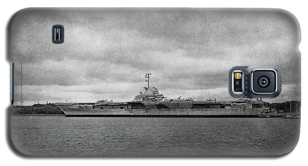 Galaxy S5 Case featuring the photograph Uss Yorktown by Sandy Keeton
