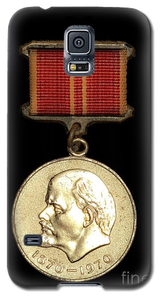 Galaxy S5 Case featuring the photograph Ussr Army Medal With Lenin 1870-1970 by Yurix Sardinelly