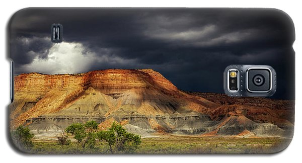 Galaxy S5 Case featuring the photograph Utah Mountain With Storm Clouds by John A Rodriguez