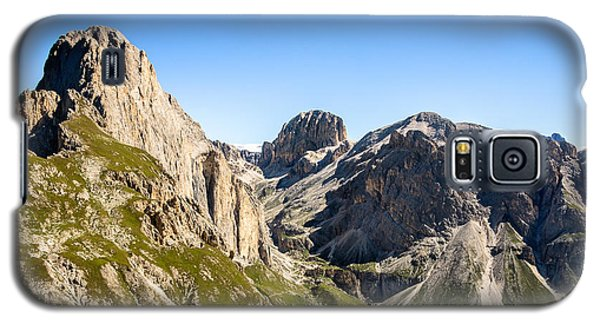 Galaxy S5 Case featuring the photograph Vajolet Valley by Alexander Kunz
