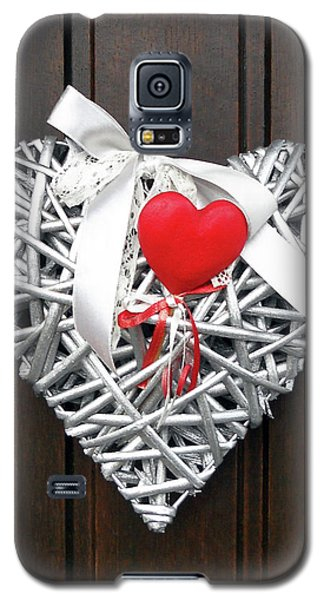 Galaxy S5 Case featuring the photograph Valentine Heart by Juergen Weiss