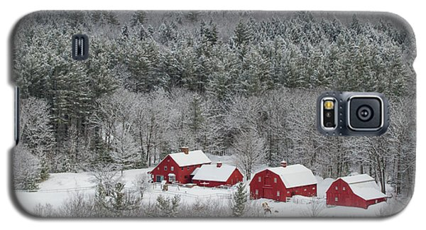 Valley Farm In Winter Galaxy S5 Case