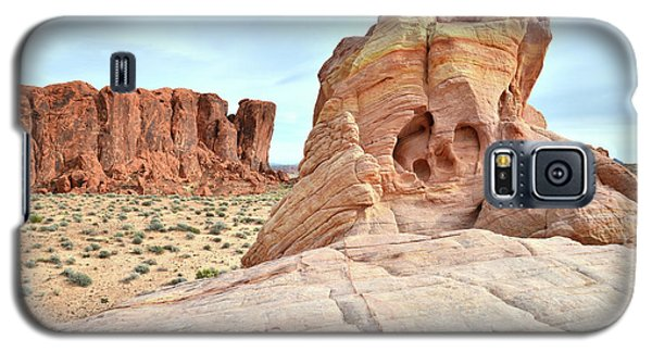 Galaxy S5 Case featuring the photograph Valley Of Fire North by Ray Mathis