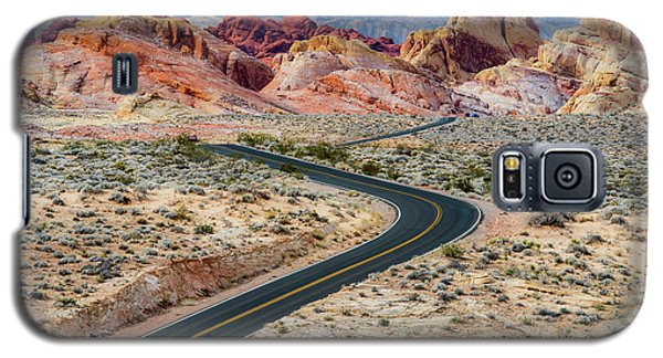 Road Through The Valley Of Fire Galaxy S5 Case