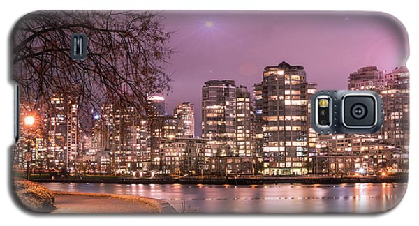 Galaxy S5 Case featuring the photograph Vancouver, Canada by Juli Scalzi
