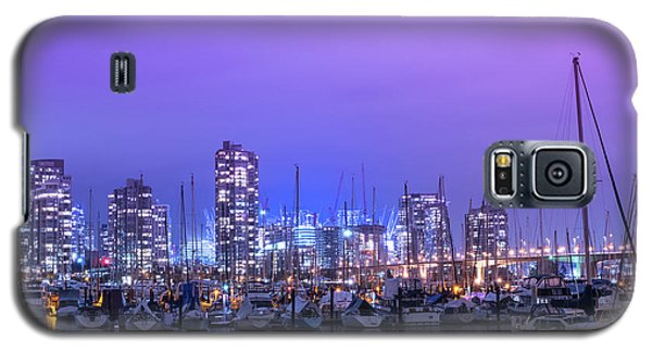 Galaxy S5 Case featuring the photograph Vancouver by Juli Scalzi