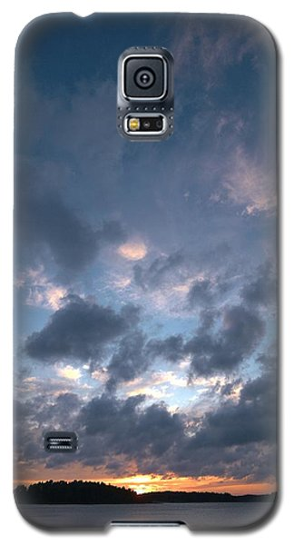 Galaxy S5 Case featuring the photograph Variations Of Sunsets At Gulf Of Bothnia 5 by Jouko Lehto