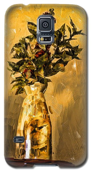 Galaxy S5 Case featuring the digital art Vase And Flowers by Dale Stillman