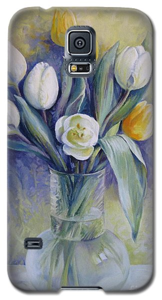 Vase With Flowers Galaxy S5 Case by Elena Oleniuc