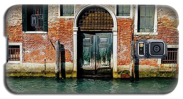 Venetian House On Canal Galaxy S5 Case