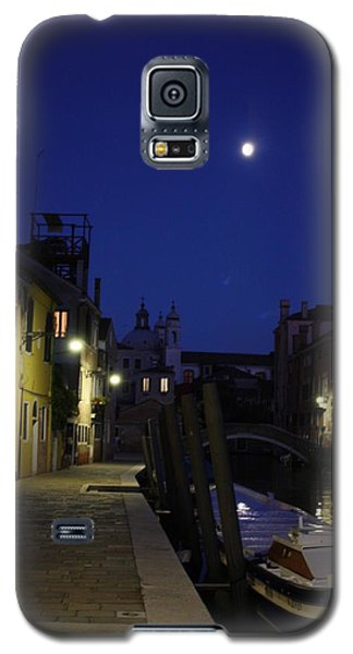 Galaxy S5 Case featuring the photograph Venice Moon by Pat Purdy