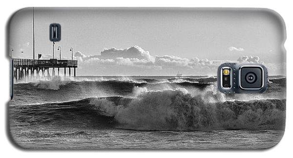 Galaxy S5 Case featuring the photograph Ventura Pier El Nino 2016 by John A Rodriguez