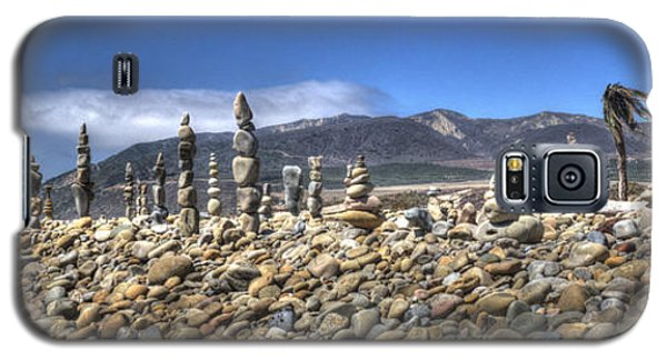 Ventura River Rock Art Panorama  Galaxy S5 Case by Joe  Palermo