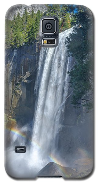 Galaxy S5 Case featuring the photograph Vernal Fall Yosemite National Park by Scott McGuire
