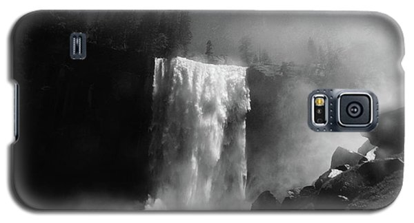 Vernal Fall And Mist Trail Galaxy S5 Case