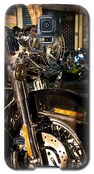 Vertical Front View Of Fat Cruiser Motorcycle With Chrome Fork A Galaxy S5 Case by Jason Rosette