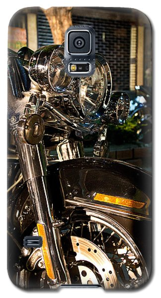 Vertical Front View Of Fat Cruiser Motorcycle With Chrome Fork A Galaxy S5 Case