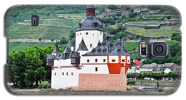 Vertical Vineyards And Buildings On The Rhine Galaxy S5 Case