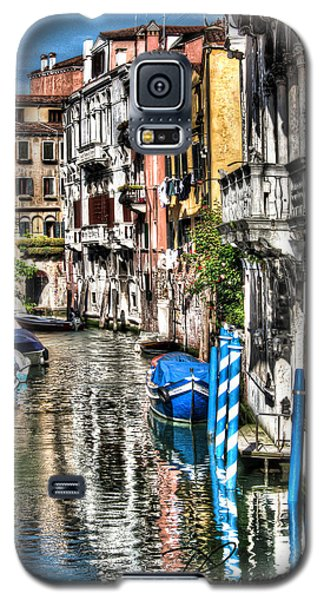 Galaxy S5 Case featuring the photograph Viale Di Venezia by Tom Cameron