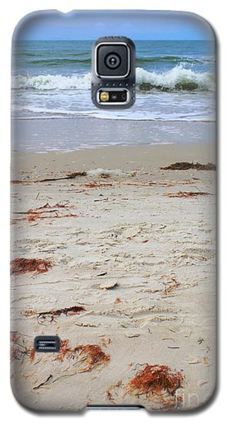 Galaxy S5 Case featuring the photograph Vibrant Beach With Wave by Jeanne Forsythe