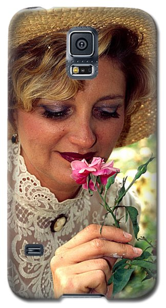 Victorian Rose Galaxy S5 Case by Carl Purcell
