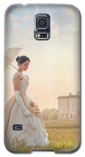 Victorian Woman With Parasol And Fan Galaxy S5 Case by Lee Avison