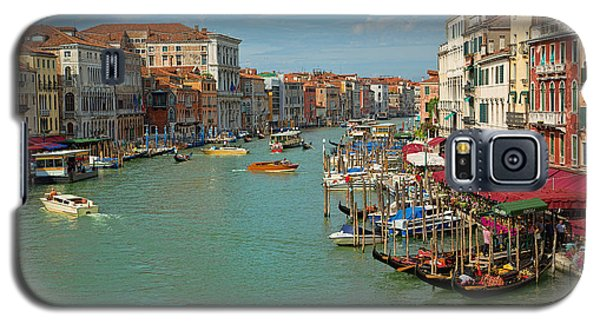 Galaxy S5 Case featuring the photograph View From Rialto Bridge by Sharon Jones