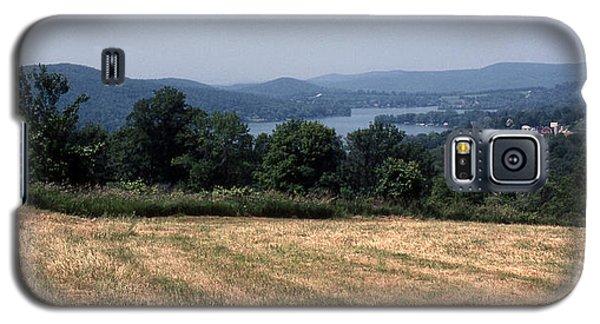 View Of Lake Waramaug Galaxy S5 Case