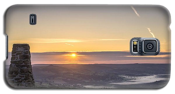 View Over The Hope Valley From Mam Tor At Dawn Galaxy S5 Case