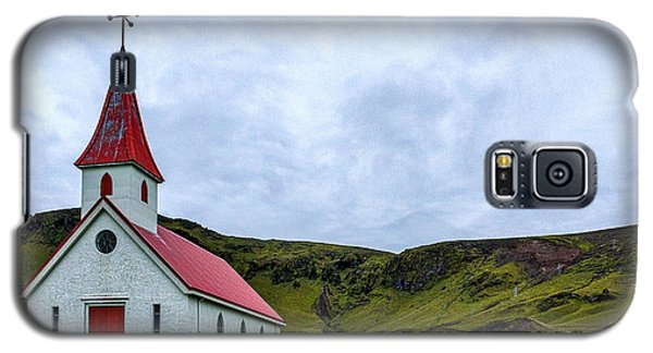 Vik Church And Cemetery - Iceland Galaxy S5 Case