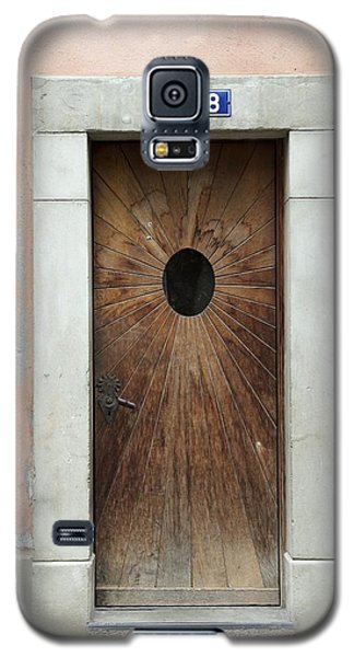 Village Door Surrounded By Peach Galaxy S5 Case