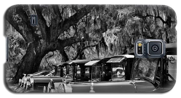 Vintage Ford Line-up At Magnolia Plantation - Charleston Sc Galaxy S5 Case