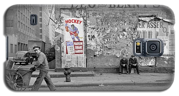 Vintage Hockey Poster Galaxy S5 Case by Andrew Fare