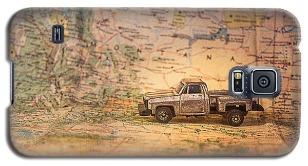 Vintage Map And Truck Galaxy S5 Case by Mary Hone
