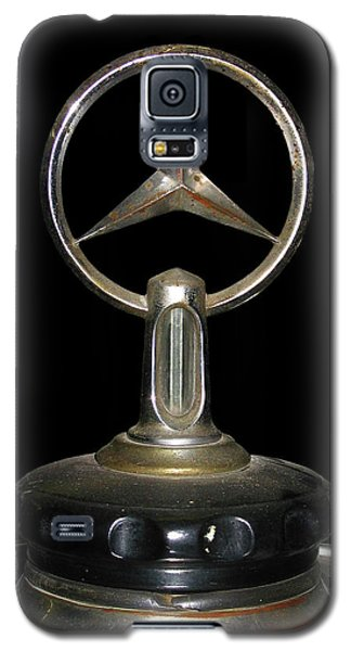 Galaxy S5 Case featuring the photograph Vintage Mercedes Radiator Cap by David and Carol Kelly