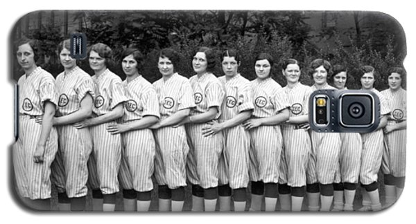 Vintage Photo Of Women's Baseball Team Galaxy S5 Case by American School